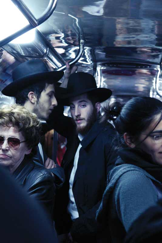 Jews travelling in the subway of Buenos Aires photographed by Glorianna Ximendaz