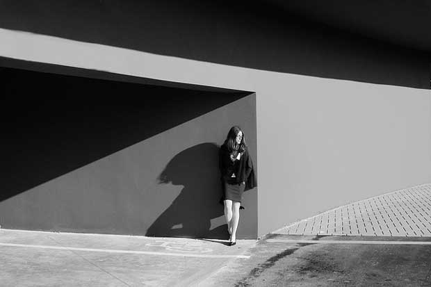 Excellent use of light and shadows in this street photography image taken by Italian street photographer Umberto Verdoliva