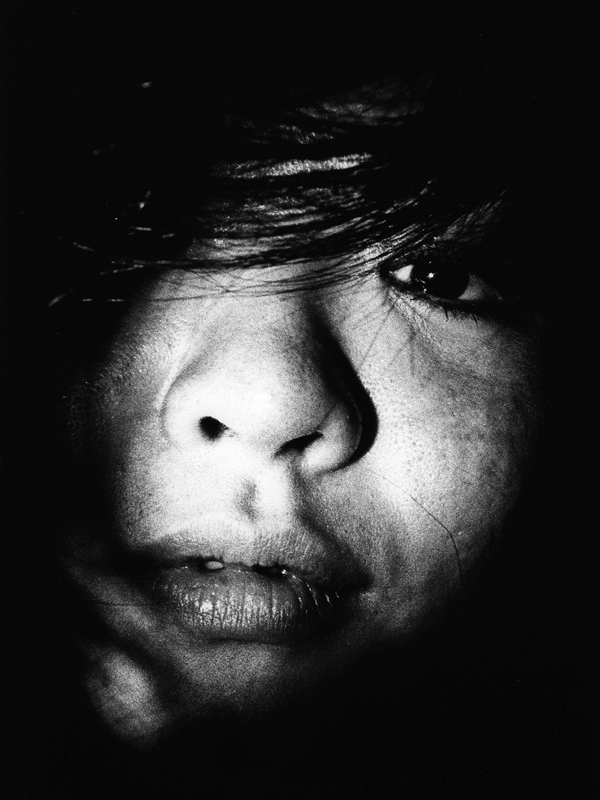 Black and white portrait of a Japanese woman taken by Daniel S. Alvarez