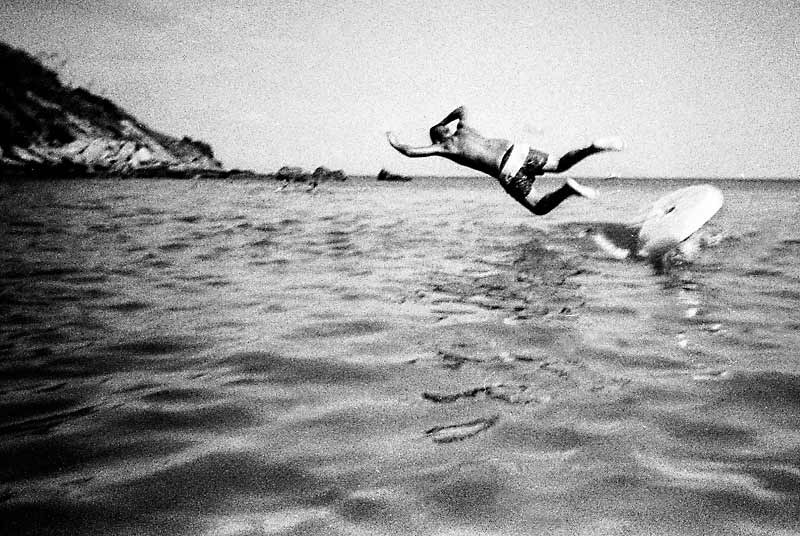 Matteo Zannoni took an image of a boy jumping into the water
