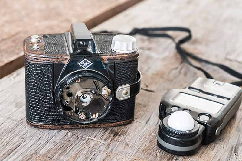 Gregor Servais is shooting his pinhole images with this AGFA camera