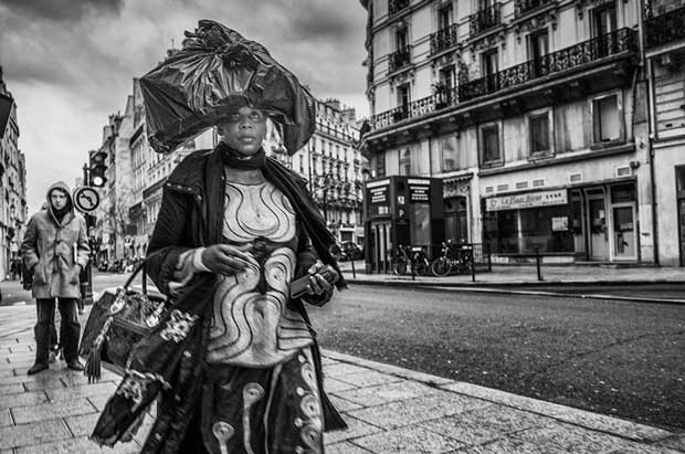 Simple and direct photography from French street photographer Jeff Cabella
