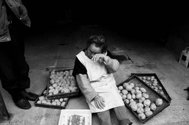 Image from Italian documentary and street photographer Fabrizio Quagliuso